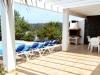 sunbeds-pool